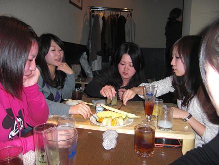 101129・3年ゼミヤンさん宴会 037