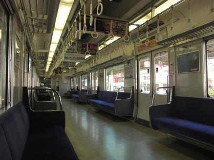 101228・人のいない電車