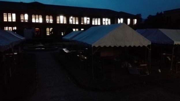 161020 夜の中庭 (2)