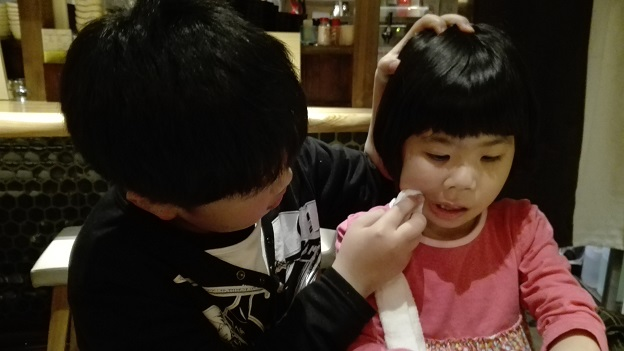 170427 焼鳥屋の新参ズ (7)