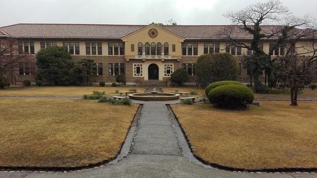 170321 雨の中庭 (3)