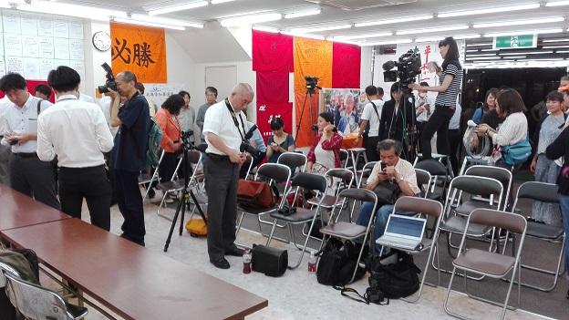 170703 知事選記者会見 (10)