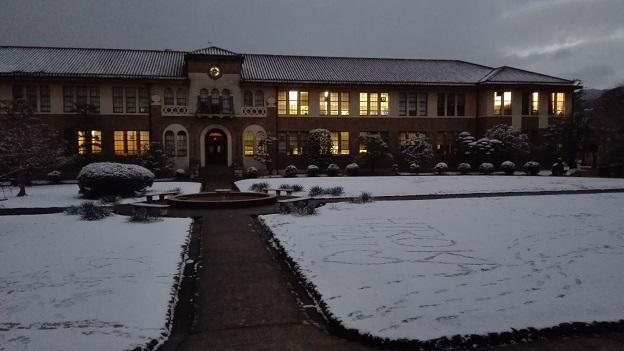 180126 雪の大学 (18)