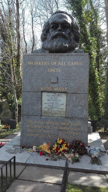 160328 イギリス3日目・マルクスの墓 (35)