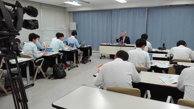 170607 津川さん記者会見 (2)