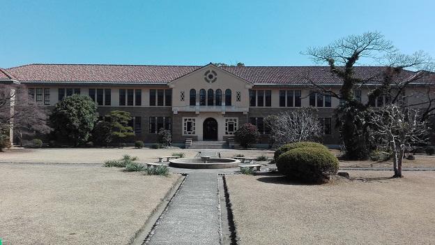 180223 大学の中庭 (1)