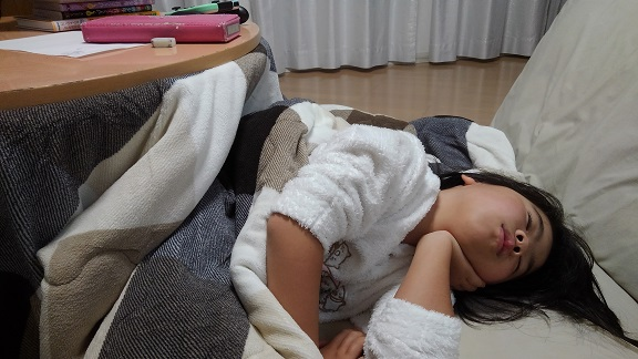 210126 深夜の妹新参 (1)